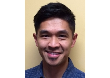 Kelowna physical therapist Vince Cunanan BSc.P.T., BSc.Anat., Dip. Manip. PT., FCAMPT, CGIMS