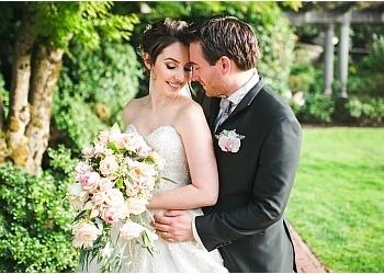 Richmond wedding photographer Vivid Moments