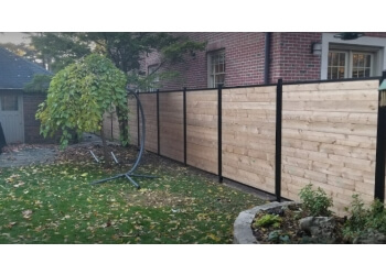 Vaughan fencing contractor WHOLESALE FENCE