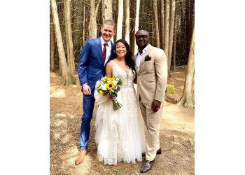 Toronto célébrants de mariage Wedding Officiant Canada