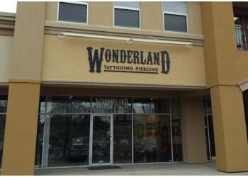 Kitchener tattoo shop Wonderland Studios