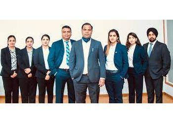 Winnipeg immigration consultant World Gateway Immigration