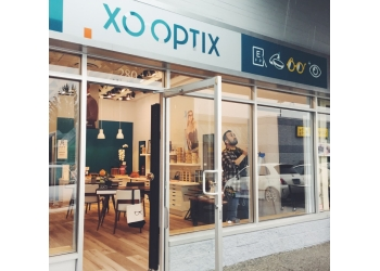 Abbotsford optician XO OPTIX Vision Care