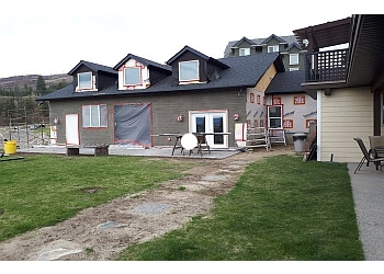Kelowna roofing contractor Xtreme Roofing and Exteriors