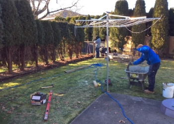 Coquitlam fencing contractor YORKSHIRE FENCE AND DECK