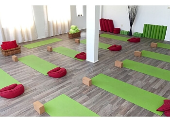 Shawinigan yoga studio Yoga Serenite