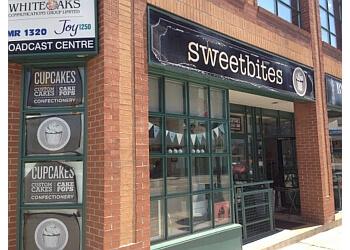 Oakville cake sweetbites
